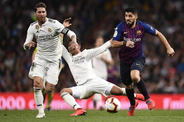 Pertahanan Antara Barcelona vs Real Madrid