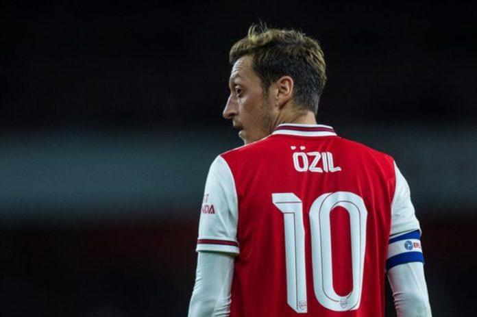 Mesut Ozil Akhirnya Menyetujui Pemutusan Kontrak dengan Arsenal