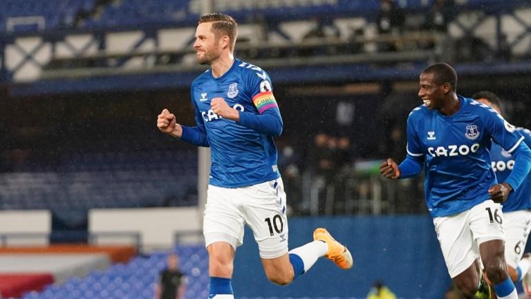 Chelsea Takluk 1-0 dari Gol Tunggal Gylfi Sigurdsson