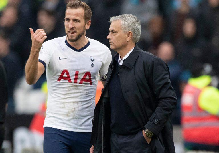 Michael Owen Anggap Harry Kane Merasa Frustrasi di Tottenham