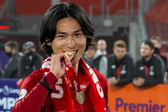 Takumi Minamino Merasa Tidak Layak Mendapatkan Medali Juara Premier League