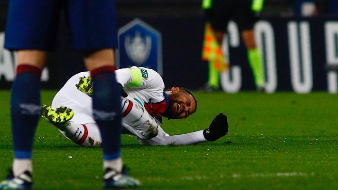 Cedera Lagi, Neymar Diragukan Tampil Menghadapi Barcelona di Champions League