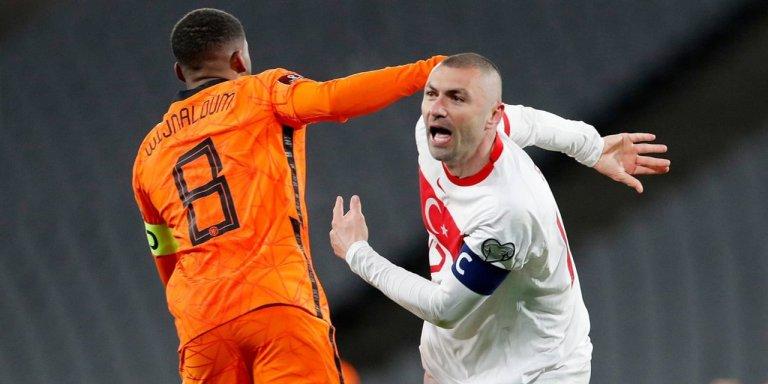 Burak Yilmaz Hattrick, Timnas Belanda Harus Takluk 4-2 dari Turki