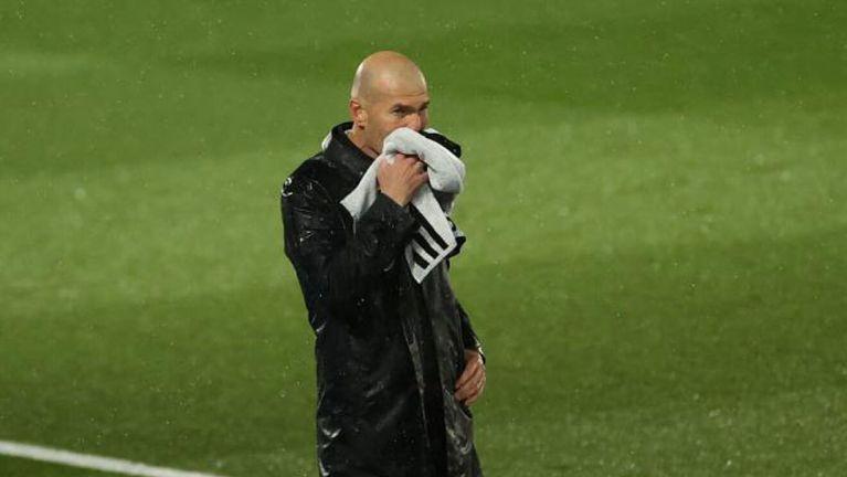 Menang 2-1 Atas Barcelona, Zinedine Zidane Khawatirkan Kondisi Fisik Pemain Real Madrid
