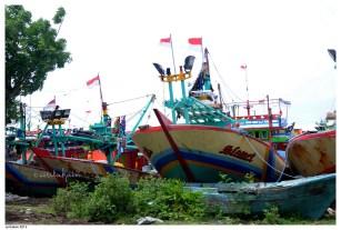 Banyak perahu yang cuti melaut