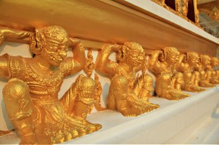 Decor on Wat Phra That Nong Bua