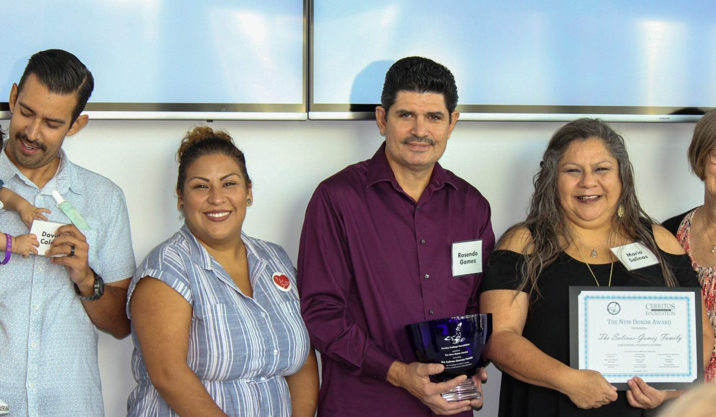 The Salinas Gomez Family receiving award