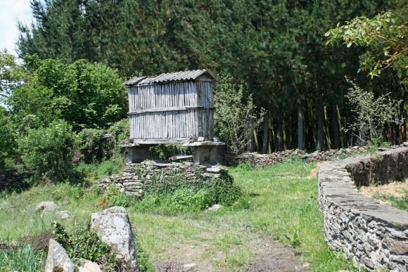 jakobsweg-955792_1280