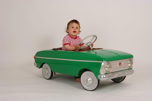 small-driver-867577_640
