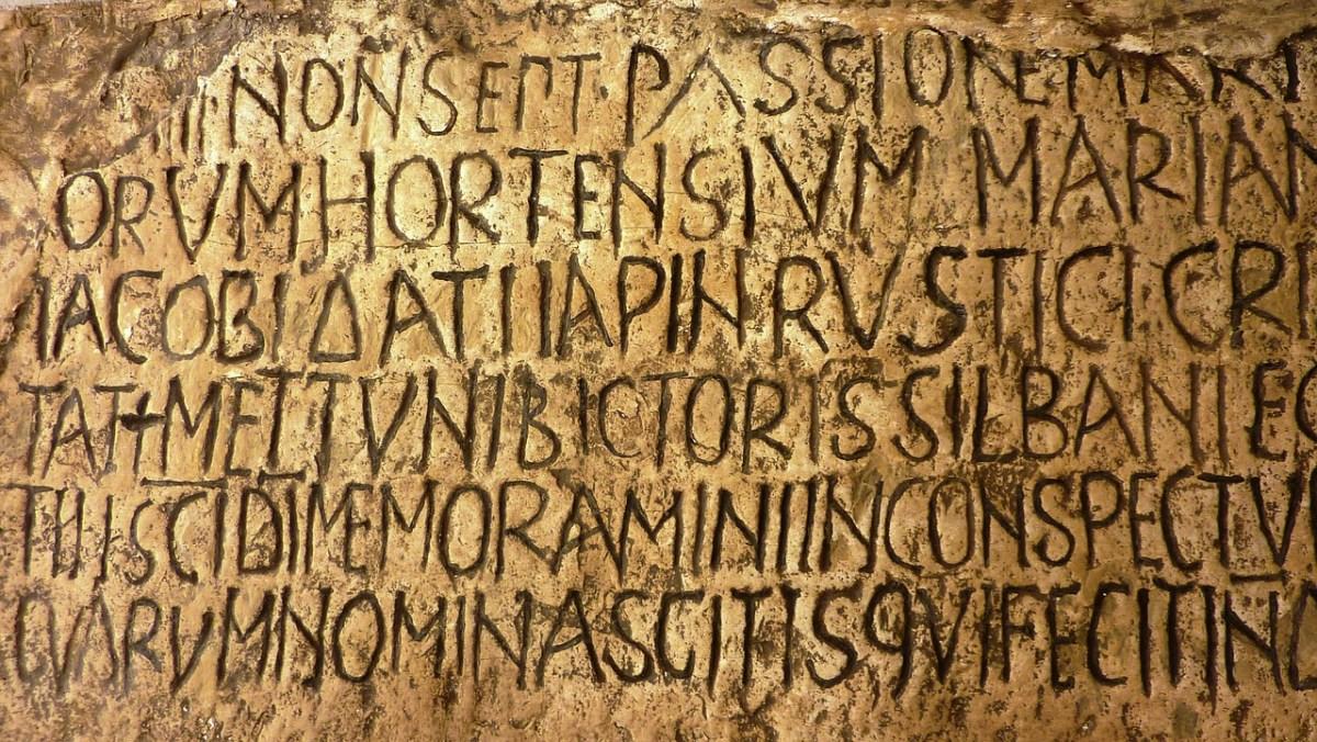 Que aconteceu ao latim e ao grego antigo?