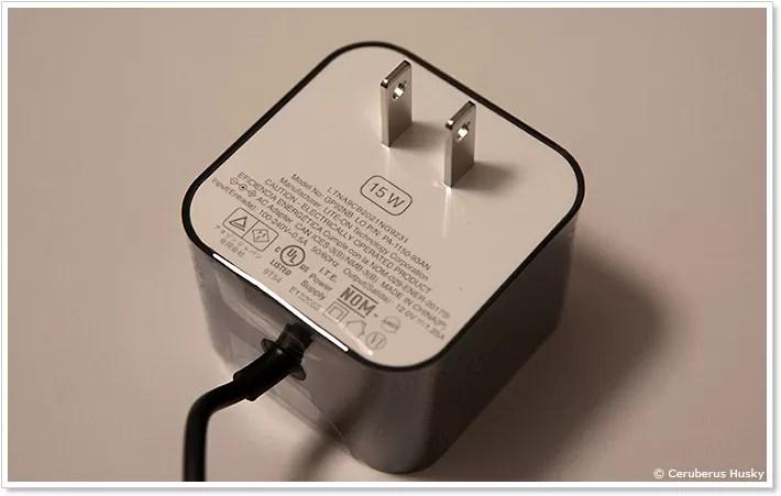 Fire TV Cubeの電源アダプター