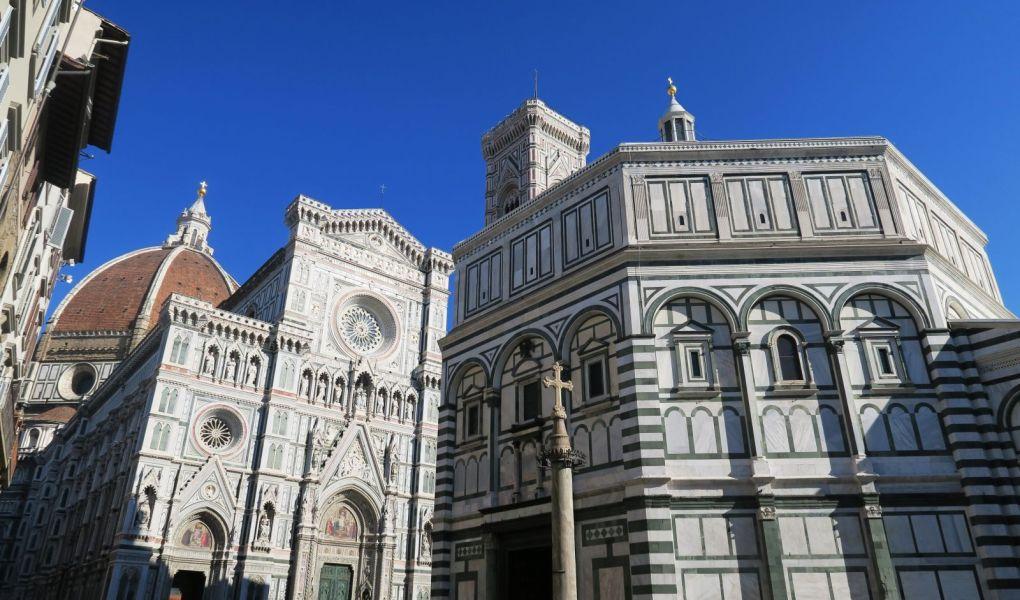 Plaza del Duomo en Florencia, Italia