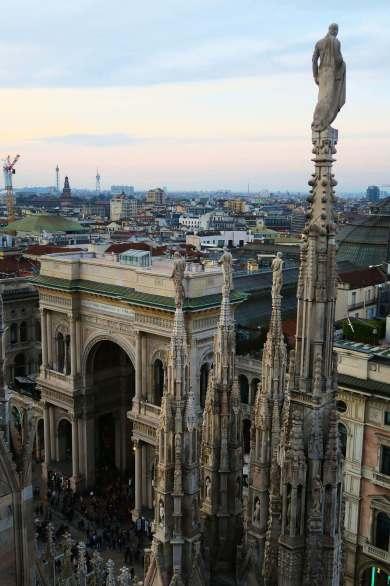 Terraza del Duomo de Milán, Italia