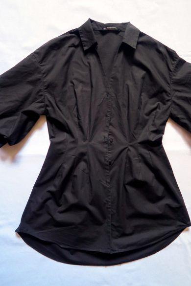 Tutorial reciclaje ropa: DIY vestido camisa ajustado, pinzas por el exterior de la camisa en el delantero