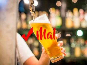 Cómo verter y servir una cerveza