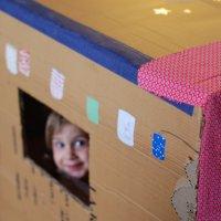 Cabane en carton DIY
