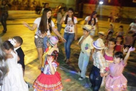 CESF realiza Festa Junina
