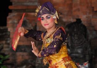 Taneční představení v Muzeu ARMA (legong)