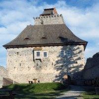 Kašperk – strašidelný hrad, který střeží Zlatou stezku