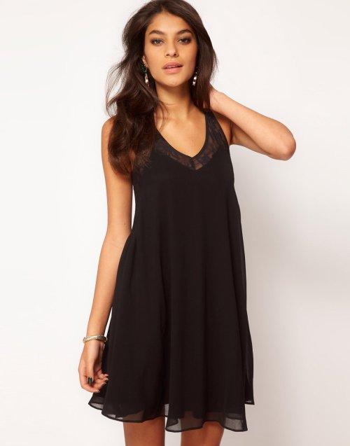 robe-noire-soirée-asos