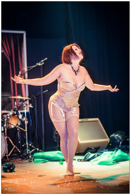Dotty Mc Lane, danseuse burlesque