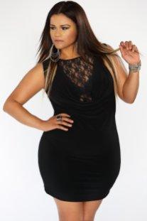 christina-mendez-black-lace