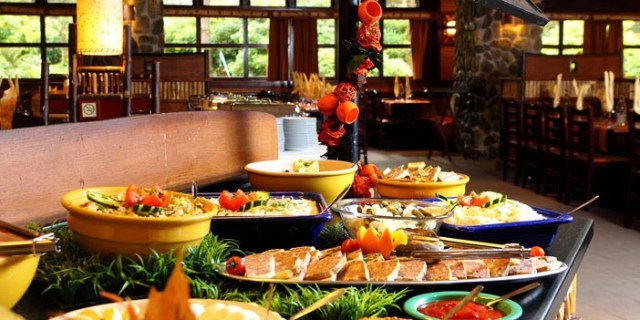 sequoia-lodge-buffet