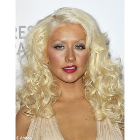 Christina Aguilera trop maquillée