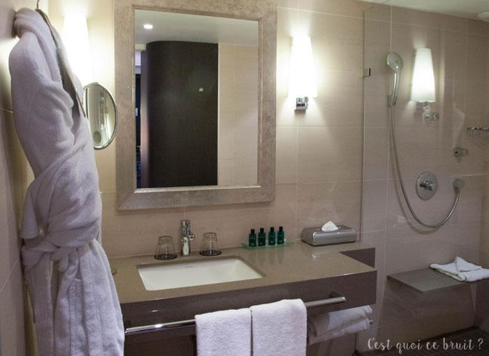 Salle de bain du Sofitel Marseille Vieux Port