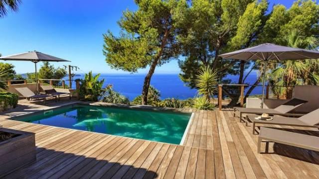 R server des vacances kids friendly en france for Location maison avec piscine marseille