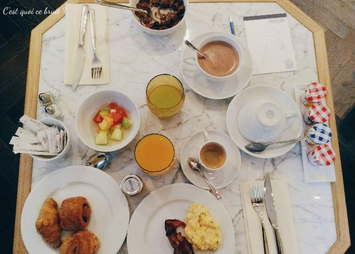 Une nuit à l'Hôtel Square Louvois à Paris : petit-déjeuner brunch