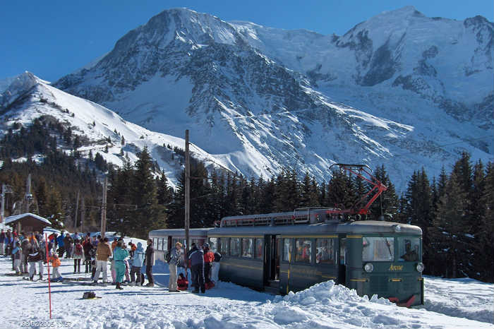 5 bonnes raisons de partir en famille au Mont Blanc Natural Resort cet hiver : Le tramway du Mont Blanc