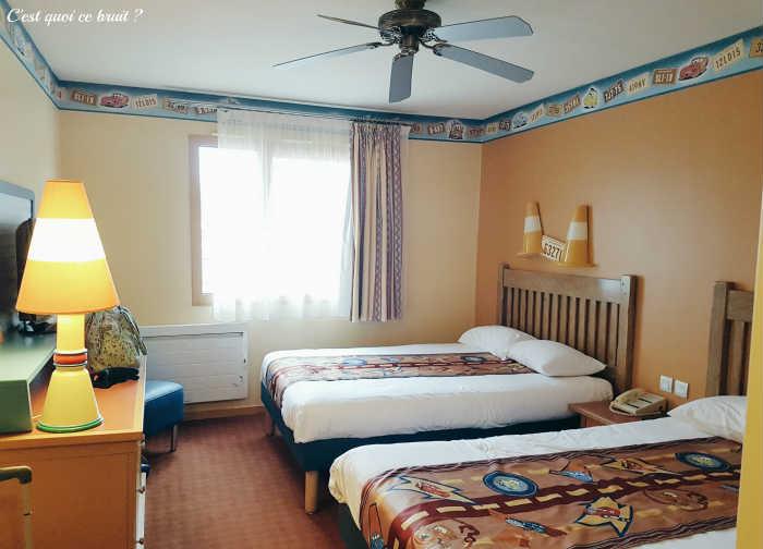 Disney's Hotel Santa Fe vaut-il le coup depuis sa rénovation ? Notre chambre sur le thème de Cars