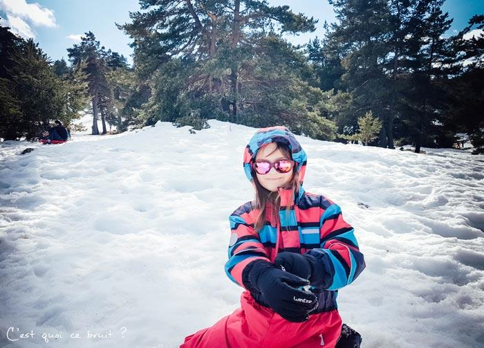 Journée en famille à la neige à Gréolières