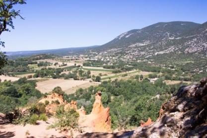Voyage en famille dans le Luberton : le Colorado Provençal de Rustrel