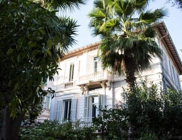 Où dormir à Cannes ? A la Villa Claudia