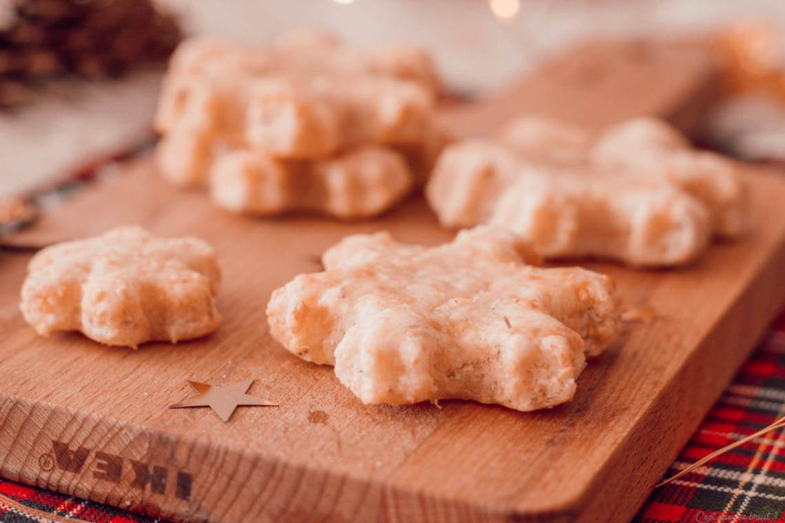 Biscuits au fromage pour les apéritifs de fêtes