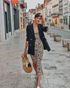 Robe léopard avec blazer