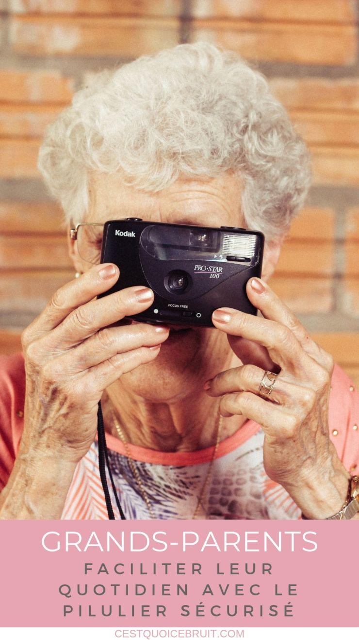 Faciliter le quotidien des grands-parents : le pilulier sécurisé Medipac : une case par jour pour prendre ses comprimés facilement