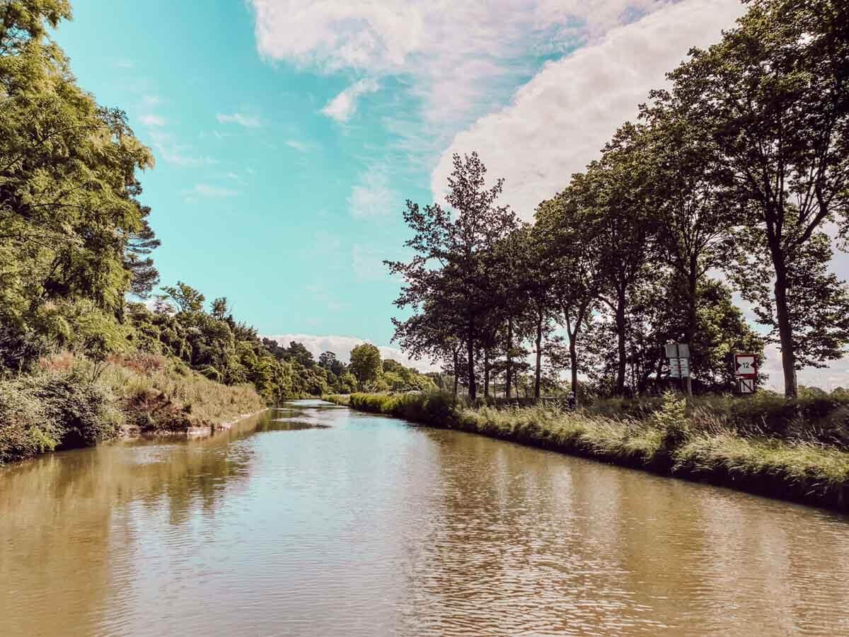 Faire une croisière sur le Canal du Midi à Carcassonne