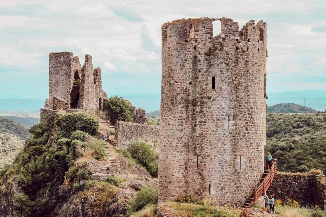 Visiter les châteaux de Lastours dans l'Aude