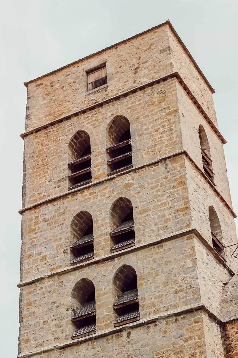 Visite du village de Montolieu, dans l'Aude