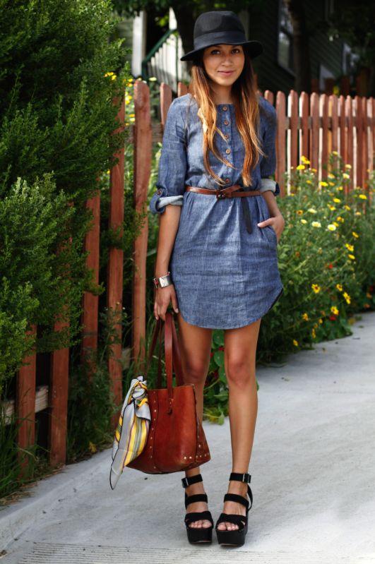Comment être stylée avec une robe en jean ?