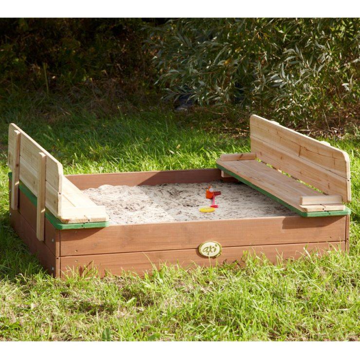 Installer un bac à sable pour enfants dans son jardin