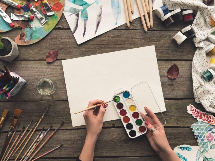 15 activités créatives relaxantes pour adulte à faire à la maison