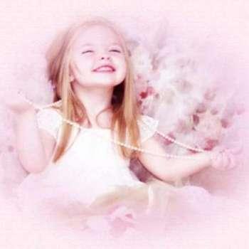 bambina che sorride