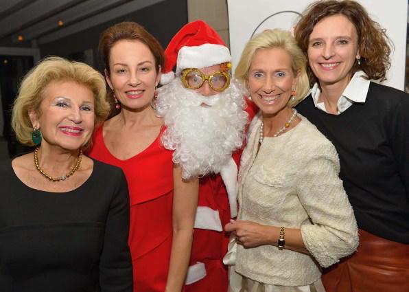 Annette von Rantzau, Sabrina Staubitz, Santa, Kristina Tröger und Dr. Katarzyna Mol-Wolf