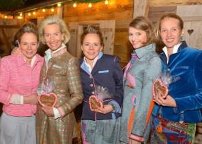 Christina Helms, Kristina Tröger, Claudia Zeuzem, Meier Modell und Caroline Freisfeld