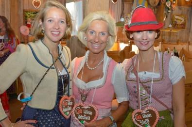Caroline Freisfeld Brahmfeld & Gutruf, Kristina Tröger Präsidentin CeU, Steffi Oesterwind Sakura Spa