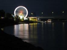 Die Osterkirmes am Beueler Rheinufer